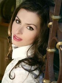 Gorgeous women pics - Agency-scams.com